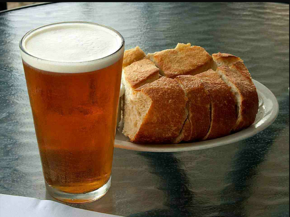Bread, Beer and Fapping (1/2)